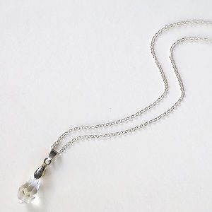 Jewelry - 🆕 Listing!  Boutique | Crystal Drop Necklace